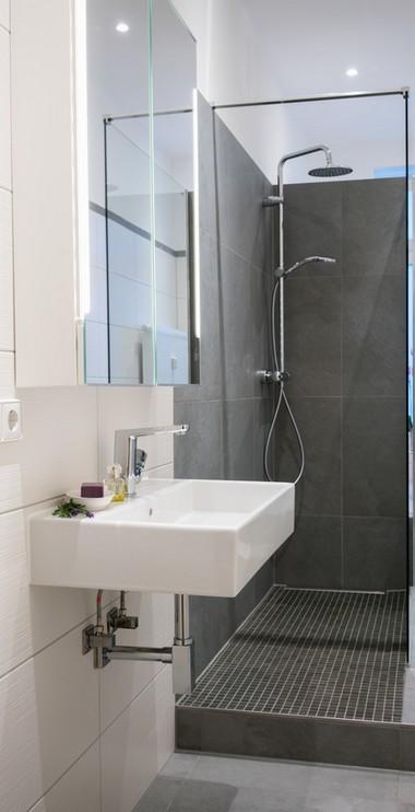 Sanitaertechnik-Badezimmer-Duschen-Waschbecken-Laatzen-Buescher